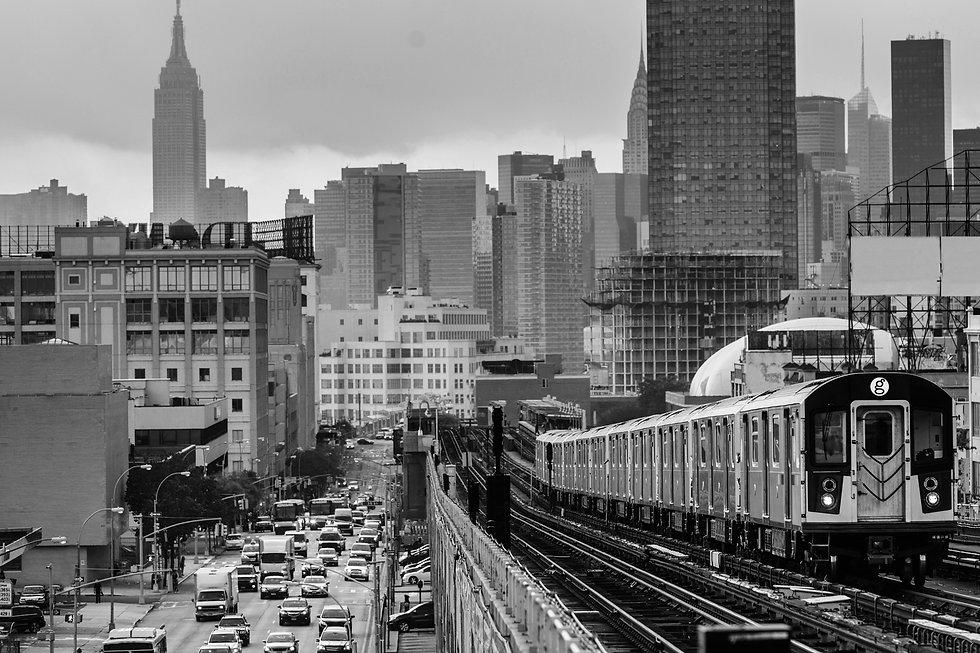 NYblack-and-white-w-g-train.jpg