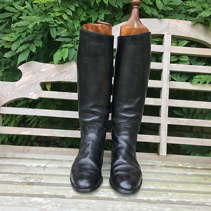 Size 11-12 (approx) Black Boots with trees
