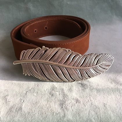 Feather buckle and belt
