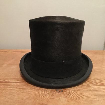 6 3/4 (55cm) Vintage silk Lock Hunting top hat