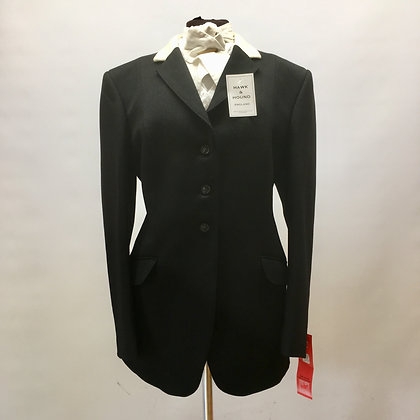 """42"""" Ladies Mears """"Stow"""" with white collar BRAND NEW"""