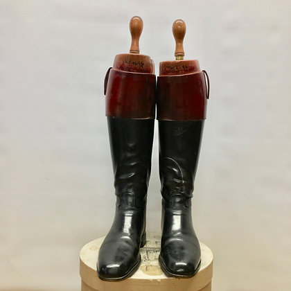 size 9 to 10, Peal & Co Mahogany Top Boots with trees
