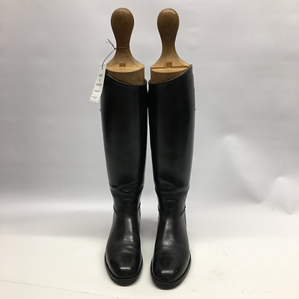 UK size 5.5 Davies Black Boots with trees
