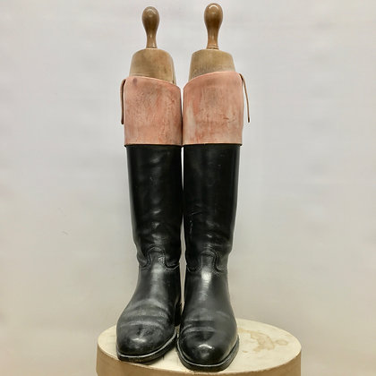 Size 9 to 10 Peal & Co Top Boots with trees