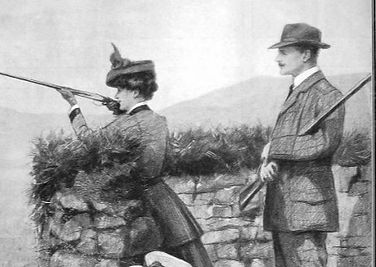 A-shooting-woman-468x590_edited.jpg