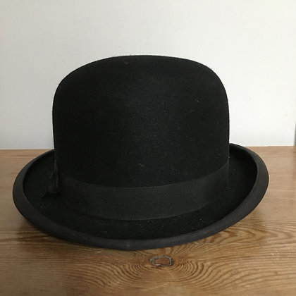 7 (57cm) Parr & Co stiffened hunting bowler