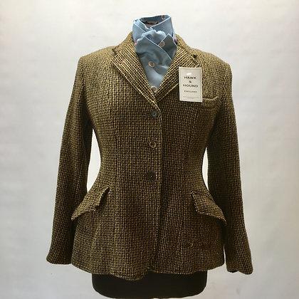 Maid's vintage Harris Tweed 32""