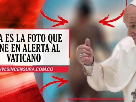 El Papa, supuestamente, le dió 'me gusta' a una fotografía de una modelo casi desnuda en Instagram