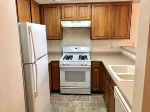 1 Bed - Kitchen.jpg