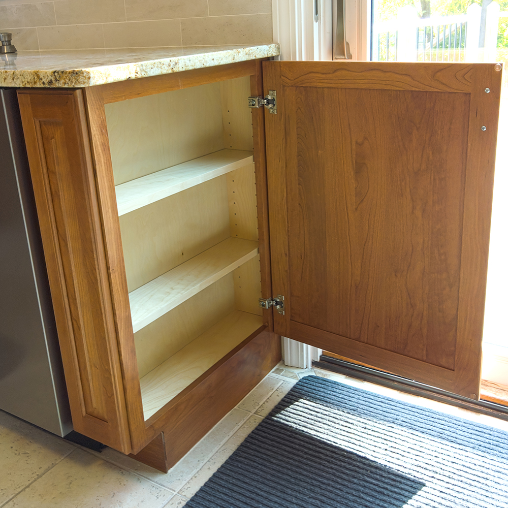 Wall cabinet as side base cabinet
