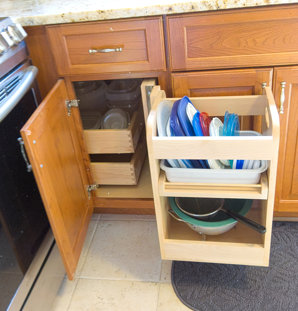 Blind corner cabinet Pull Out