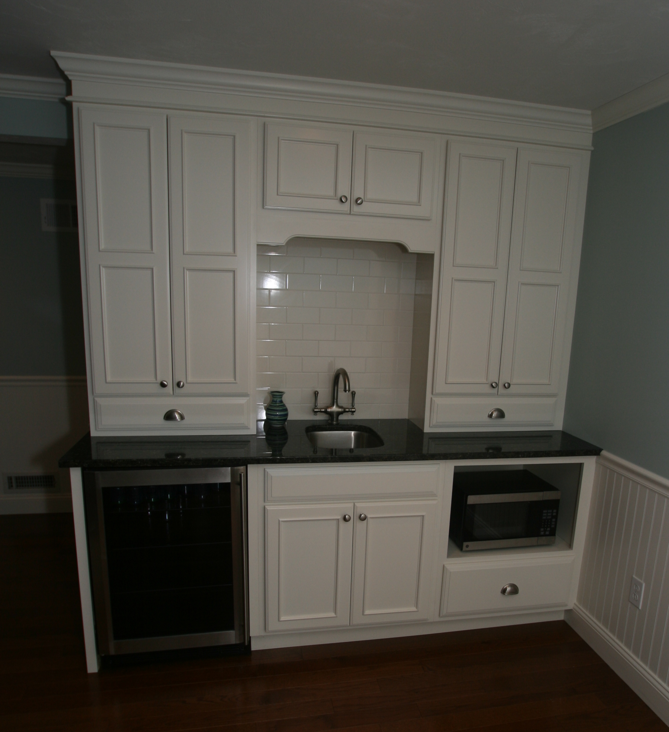 Covington White Kitchenette renaud dahls