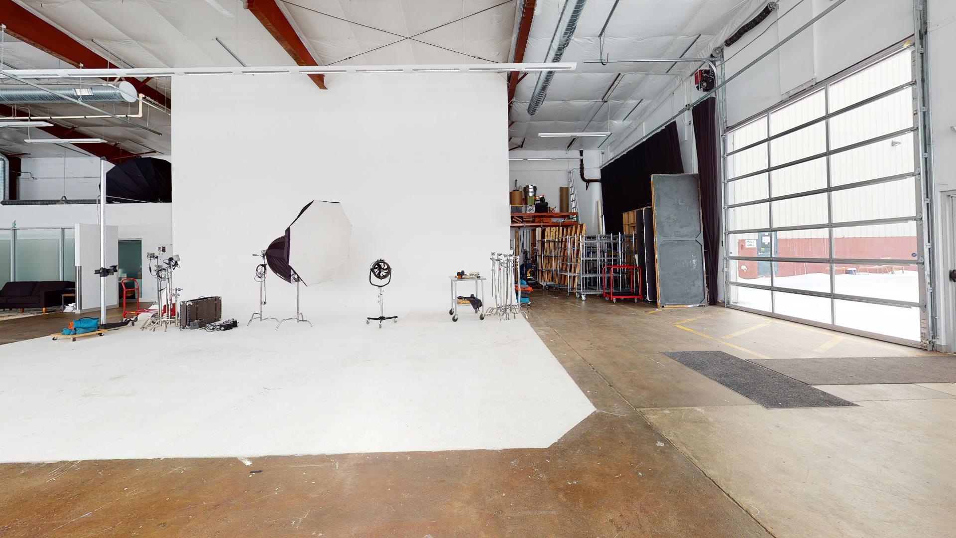 Suite-25-9th-Street-Center-Garage(1).jpg