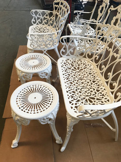 Table - Chairs