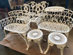Table - Chairs 1