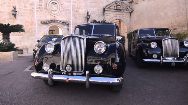 NATIONAL TREASURED CLASSICS ON DISPLAY