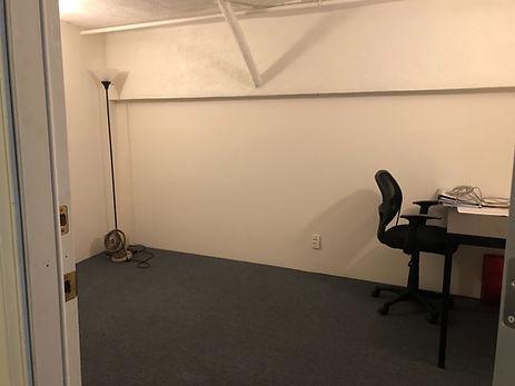 Room B 1.jpg
