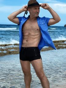 Tim Molyneux Beach Body Shot 2020 copyA.jpeg