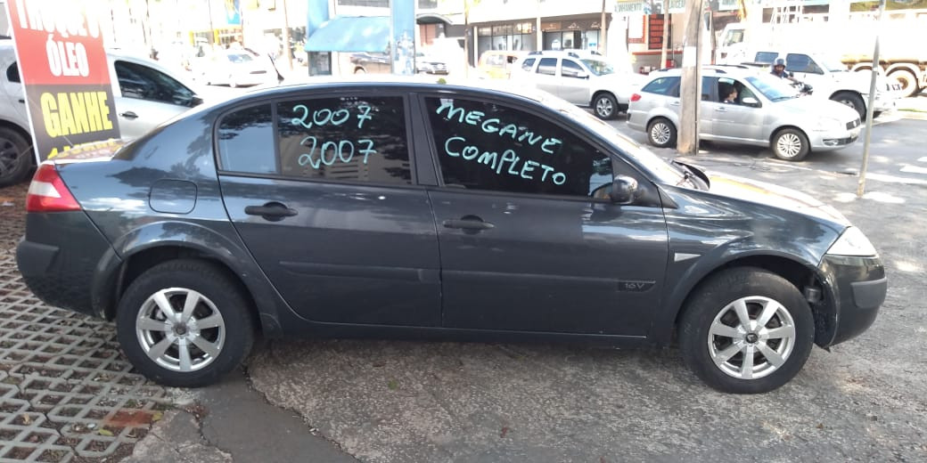 Renault Meganesd Lateral