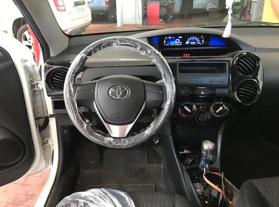 Toyota Etios 5.jpeg