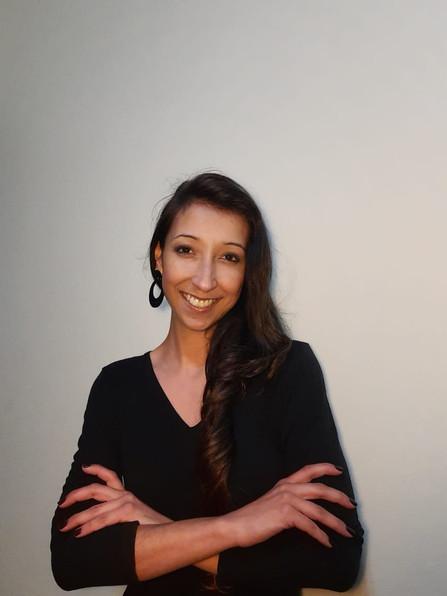 Karina Cruz - Professora