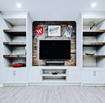 Shelf 7.jpg