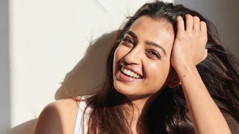 Radhika Apte | Oh My Hrithik | Wander Womaniya