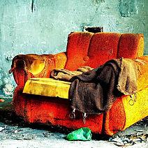 Sofa lama