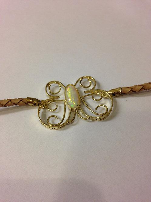 Leren armband met gouden gegraveerde vlinder