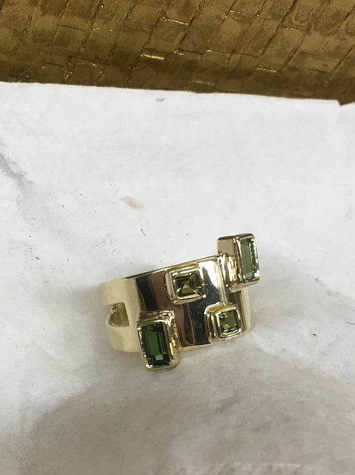 Geel gouden ring met natuur stenen