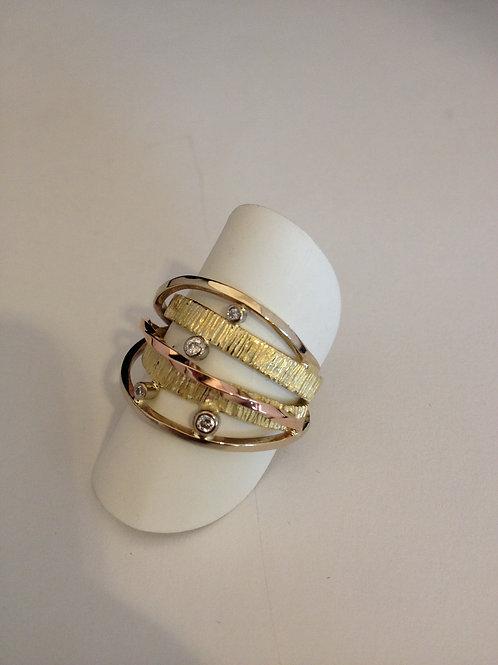 Geel met rose gouden ring met steentjes