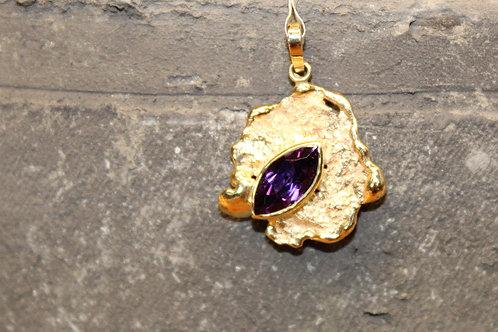 Geel gouden hanger met amathist