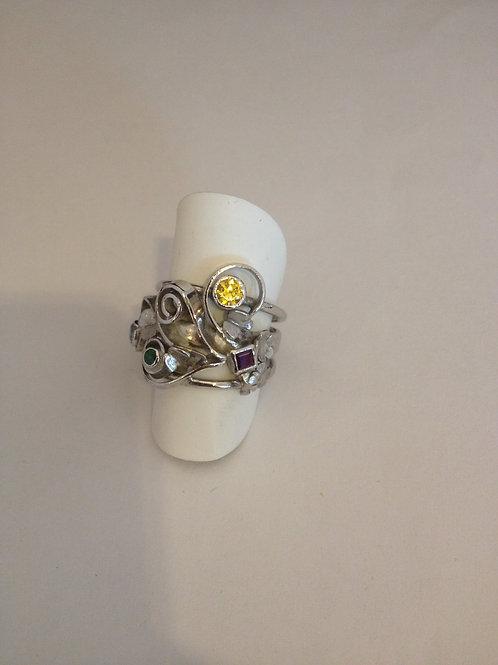 Zilveren ring met kleuren steentjes
