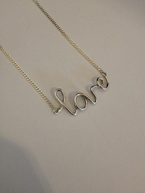 Zilveren choker met letters
