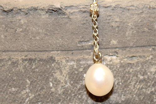 Wit gouden hanger met diamant en parel