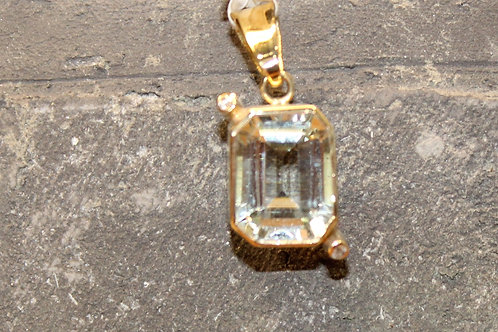 Geel gouden hanger met aquamarijn en diamant