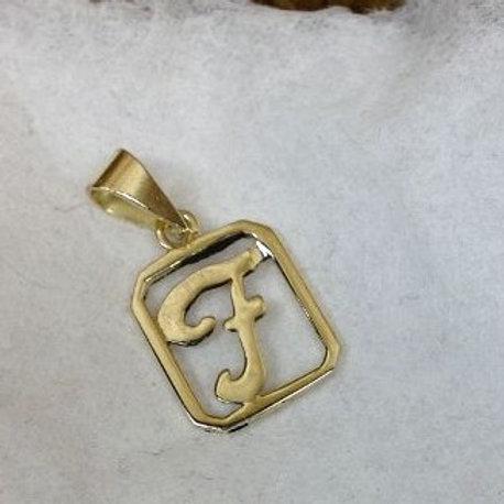 Gouden hanger met initialen