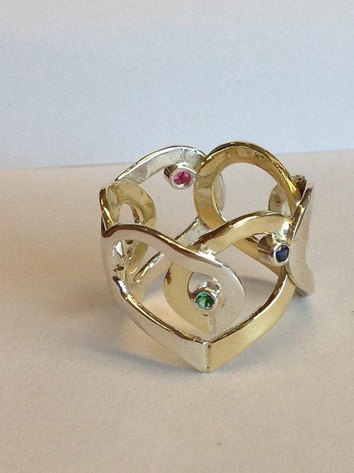 Geel en wit gouden ring met gekleurde steentjes