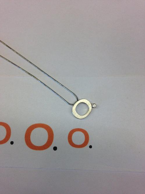 Zilveren collier van logo