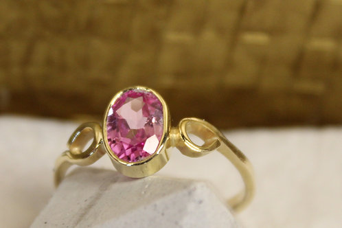 Geel gouden ring met toermalijn