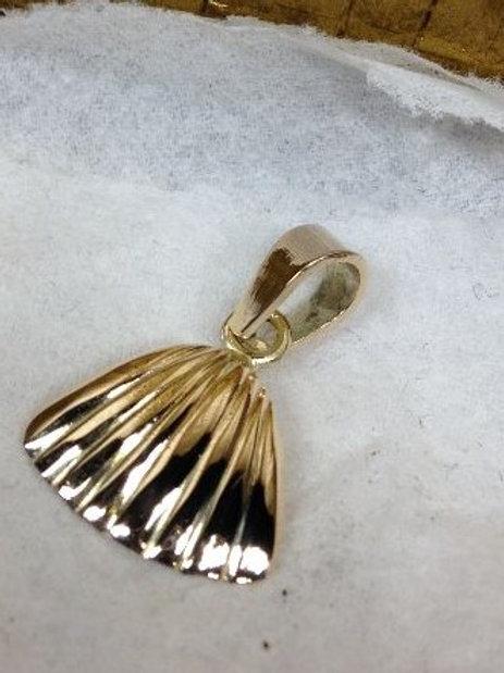 Gouden hanger schelp