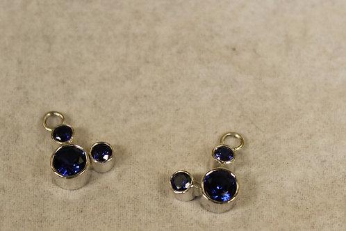 Zilveren hangers met blauw zirconia