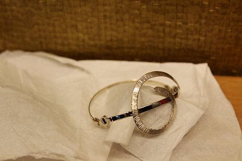 Witgouden spang armband