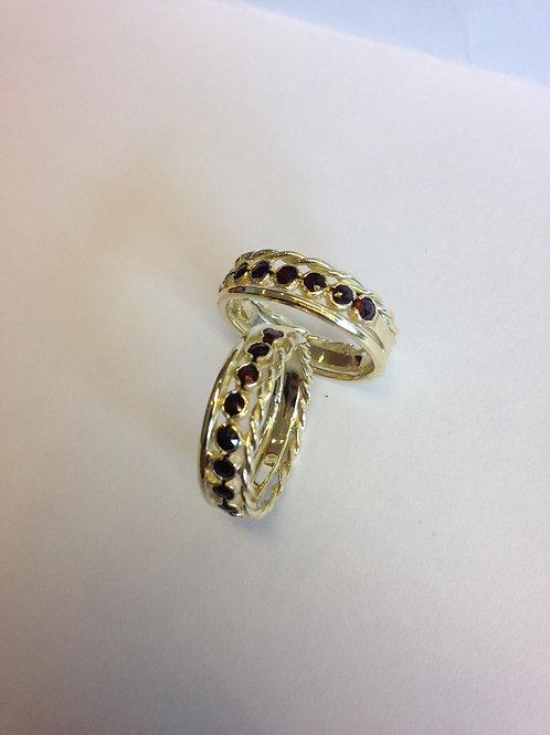 Geel gouden ring met granaat