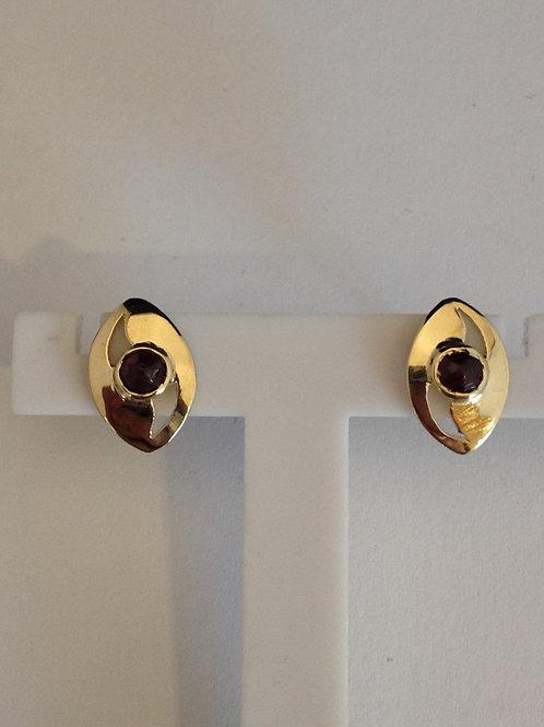 Geel gouden oorbellen met granaat