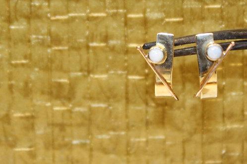 Wit en rose gouden oorbellen met opaal