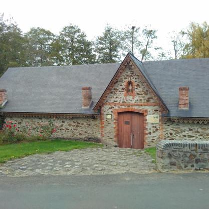 Le Bourg D'Iré Wash House