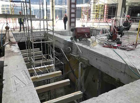 Приступаем к демонтажу шахты лифта общей высотой 35 метров