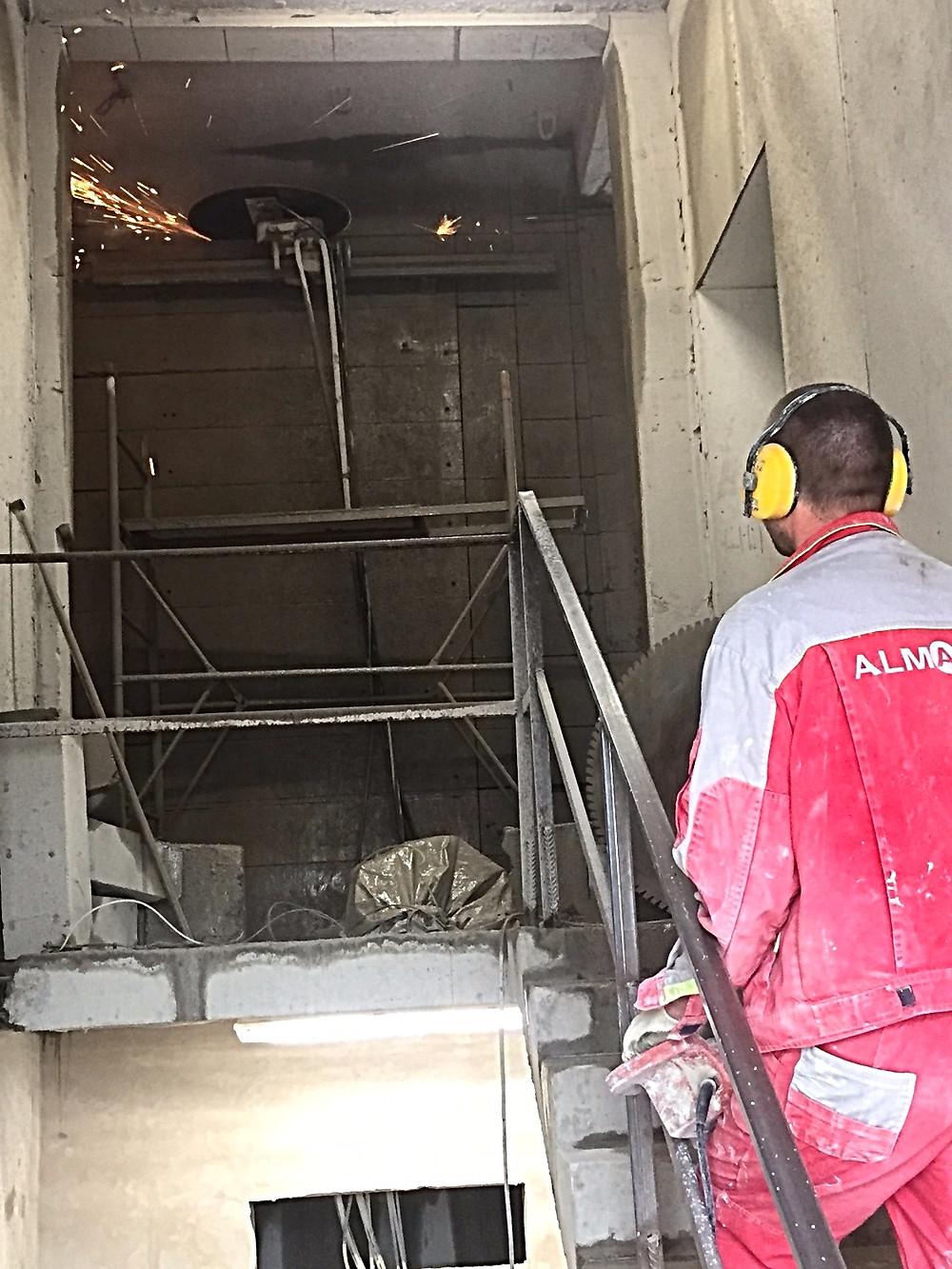 Демонтаж шахты лифта