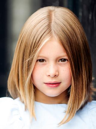 Amelia headshots June2018 Teele Photogra